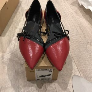 Zara flats in red size 7,5 or 38 euro, new